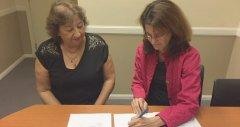 Firma de importante Memorándum entre Mg. Lidia Blanco (FCNyCS) y la Dra. Carissa Etienne (OPS/OMS)