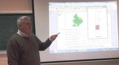 Buzai habló sobre la geografía en la vida cotidiana