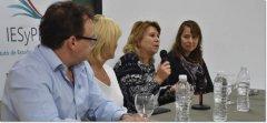 """En Comodoro Rivadavia,se presentó el proyecto """"Caja de recursos didácticos"""" para pensar lo cultural en el aula"""